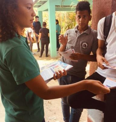 Honduras: Estudiantes aprenden promoción de prevención prenatal
